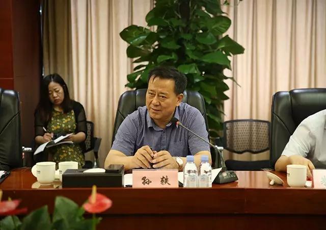 """""""我们将依托葫芦岛市雄厚的工业基础,显著的区位优势,致力于发展成为"""